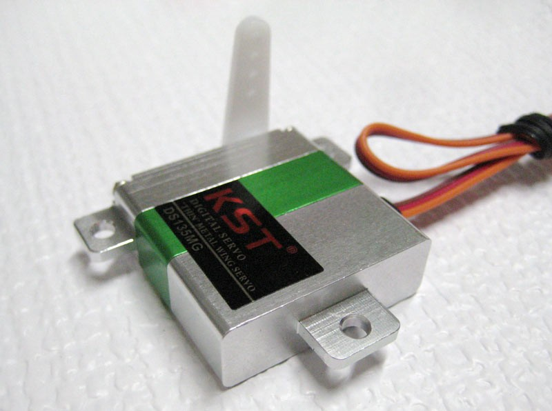 KST DS135MG Wing Servo - SNHE