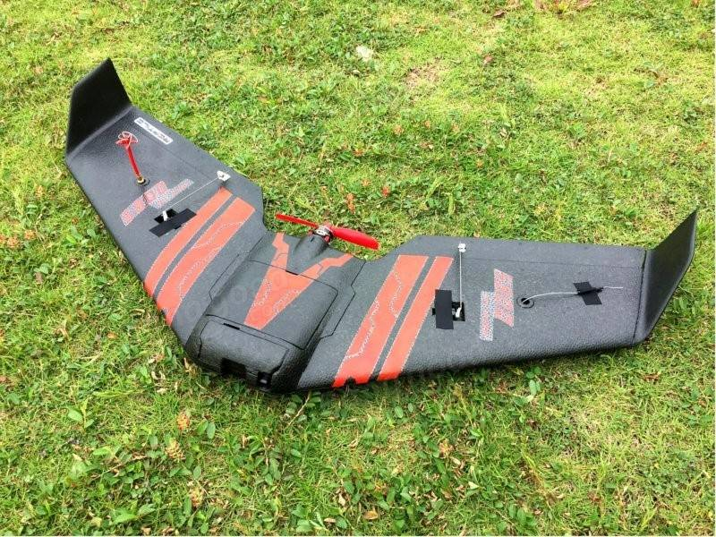 Reptile S800 SKY SHADOW 820mm FPV EPP Flying Wing Racer PNP With FPV System - SNHE