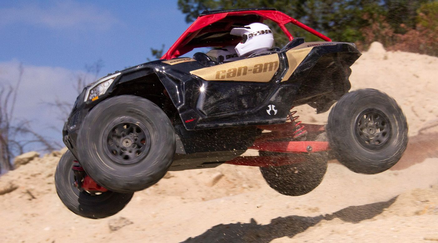 Axial Racing 1/18 Yeti Jr. Can-Am Maverick 4WD Brushed RTR - SNHE