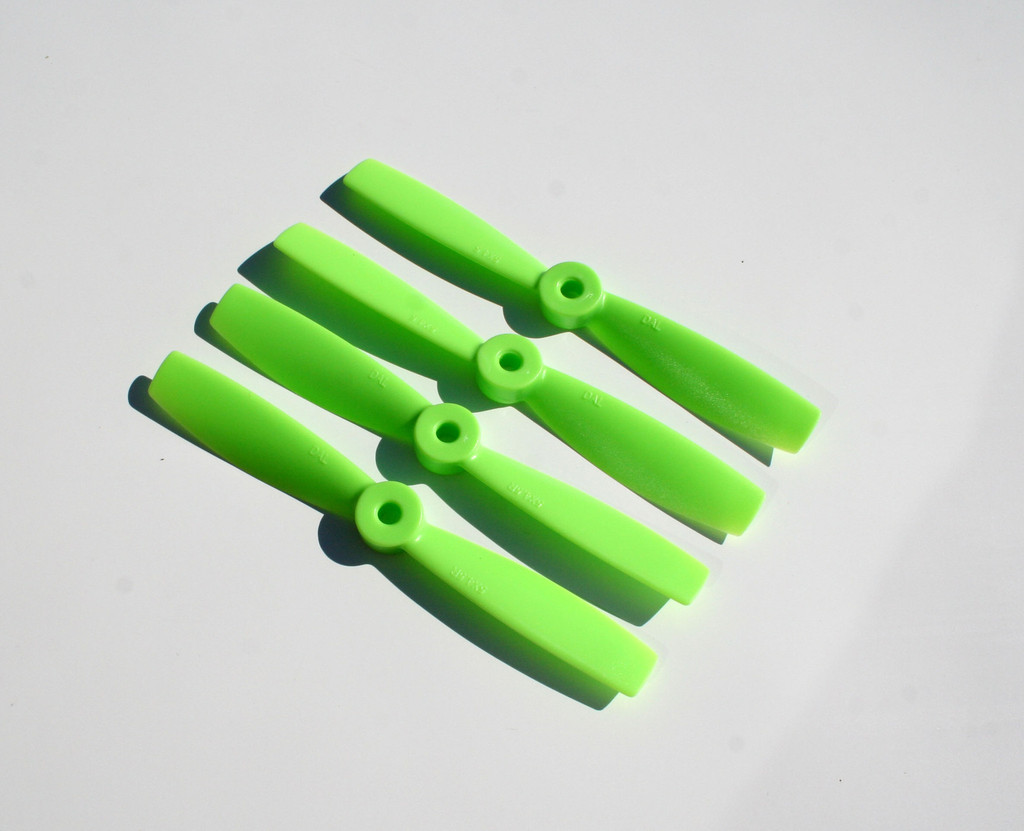 "DAL 2 Blade Bullnose Propellers - 4 x 4.5 (2CW+2CCW) - <font color=""green""><b>GREEN</b></font>"