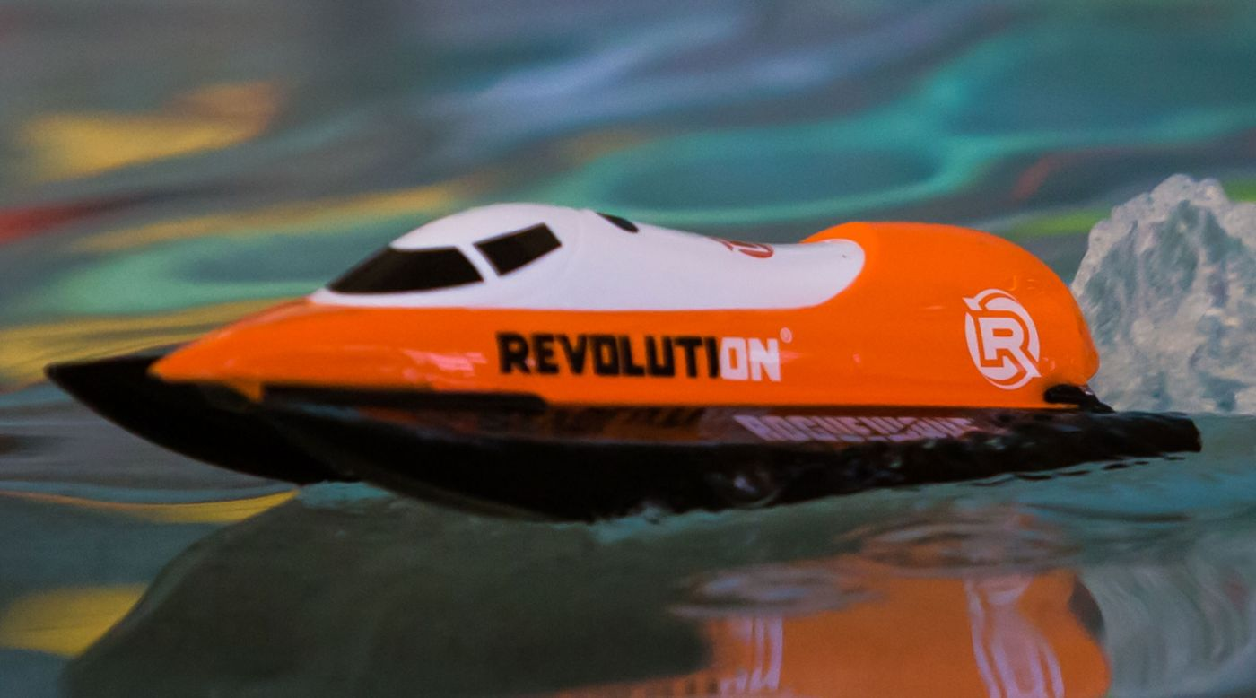 "Revolution Roguewave 10"" F1 Self-Righting Brushed Tunnel RTR, Orange"