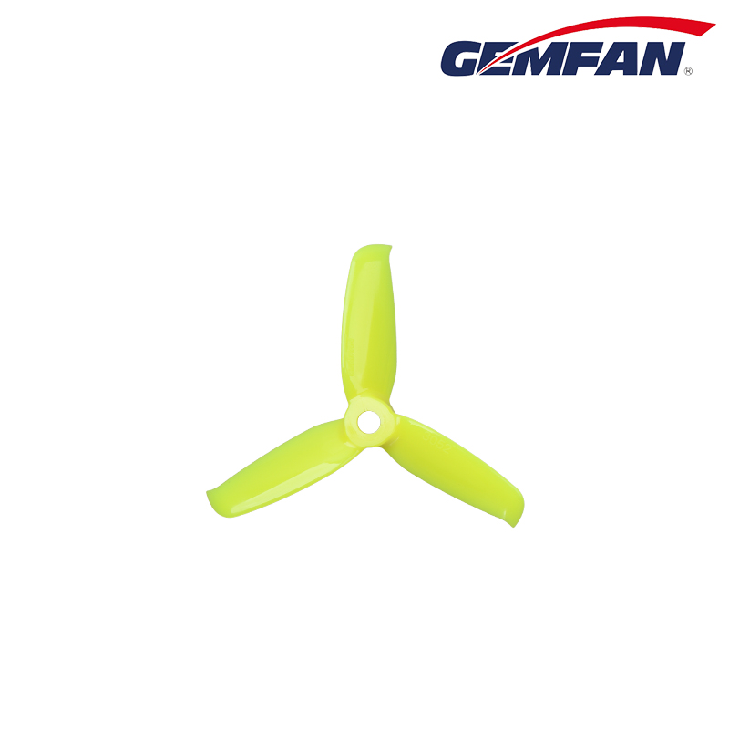 "Gemfan <b>Flash 3052</b> Durable 3 Blade Propeller - <font color=""yellow\""><b>Yellow</b></font>"